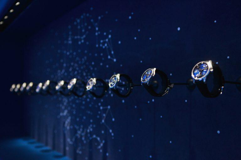 Présentation montres boutique Van Cleef & Arpels Poetry Of Time™