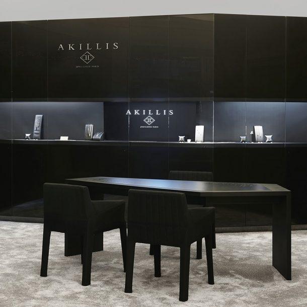 Vitrine Akillis expertise retail
